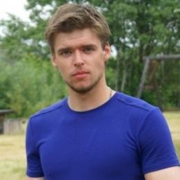 Мы семейная пара, ищем спортивную девушку для секса в Оренбурге