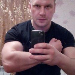 Парень из Оренбурга. Ищу девушку для приятного общения и секса