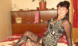 Стройная, миловидная брюнетка из Оренбурга в поисках хрупкой девушки для встреч у меня