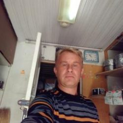 Парень милой внешности ищет девушку для интим встреч в Оренбурге